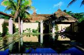 Le Paradise Cove & Spa Hotel